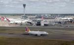 planetさんが、ロンドン・ヒースロー空港で撮影したユーロウイングス A319-132の航空フォト(飛行機 写真・画像)