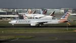 planetさんが、ロンドン・ヒースロー空港で撮影したアメリカン航空 777-323/ERの航空フォト(飛行機 写真・画像)