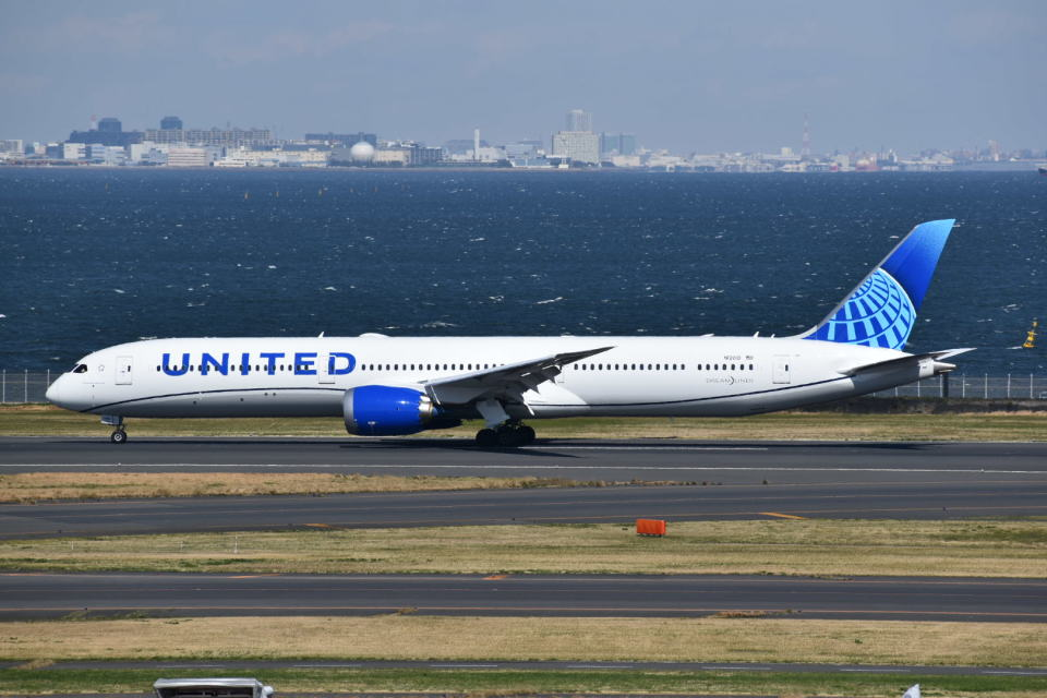muneyan007さんのユナイテッド航空 Boeing 787-10 (N12010) 航空フォト