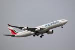 mojioさんが、成田国際空港で撮影したスリランカ航空 A340-311の航空フォト(飛行機 写真・画像)