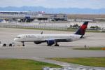LEGACY-747さんが、関西国際空港で撮影したデルタ航空 757-251の航空フォト(飛行機 写真・画像)