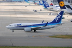 LEGACY-747さんが、関西国際空港で撮影した全日空 737-781の航空フォト(飛行機 写真・画像)
