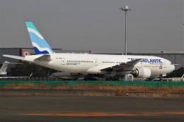 みっしーさんが、羽田空港で撮影したユーロアトランティック・エアウェイズ 777-212/ERの航空フォト(飛行機 写真・画像)