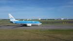 hachiさんが、アムステルダム・スキポール国際空港で撮影したKLMオランダ航空 737-7K2の航空フォト(飛行機 写真・画像)
