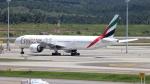 誘喜さんが、クアラルンプール国際空港で撮影したエミレーツ航空 777-31H/ERの航空フォト(飛行機 写真・画像)