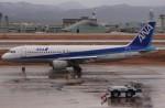 もにーさんが、小松空港で撮影した全日空 A320-211の航空フォト(飛行機 写真・画像)