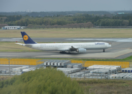 銀苺さんが、成田国際空港で撮影したルフトハンザドイツ航空 A340-642Xの航空フォト(飛行機 写真・画像)