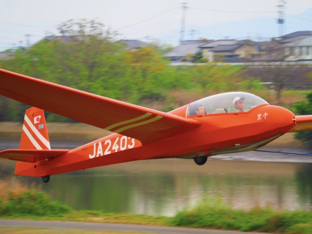 WAiRさんが、白川滑空場で撮影した日本学生航空連盟 ASK 13の航空フォト(飛行機 写真・画像)