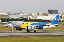 mild lifeさんが、伊丹空港で撮影したエンブラエル ERJ-190-300 STD (E190-E2)の航空フォト(飛行機 写真・画像)