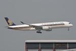kuro2059さんが、香港国際空港で撮影したシンガポール航空 A350-941XWBの航空フォト(飛行機 写真・画像)