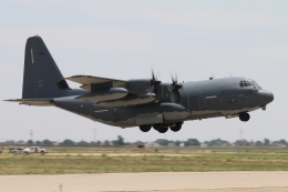 キャスバルさんが、キャノン空軍基地で撮影したアメリカ空軍 MC-130J Herculesの航空フォト(飛行機 写真・画像)