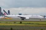 LEGACY-747さんが、成田国際空港で撮影したエールフランス航空 777-328/ERの航空フォト(飛行機 写真・画像)