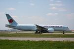 NIKEさんが、トロント・ピアソン国際空港で撮影したエア・カナダ 777-233/LRの航空フォト(飛行機 写真・画像)