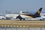 LEGACY-747さんが、成田国際空港で撮影したUPS航空 767-34AF/ERの航空フォト(飛行機 写真・画像)