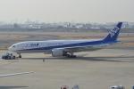 LEGACY-747さんが、伊丹空港で撮影した全日空 777-281の航空フォト(飛行機 写真・画像)