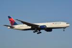 LEGACY-747さんが、成田国際空港で撮影したデルタ航空 777-232/ERの航空フォト(飛行機 写真・画像)