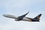 kanazawaさんが、関西国際空港で撮影したUPS航空 767-34AF/ERの航空フォト(飛行機 写真・画像)