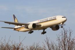 Hiro-hiroさんが、成田国際空港で撮影したシンガポール航空 777-312/ERの航空フォト(飛行機 写真・画像)