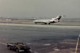 ヒロリンさんが、ラガーディア空港で撮影したデルタ航空 727-232/Advの航空フォト(飛行機 写真・画像)