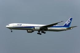 Gambardierさんが、福岡空港で撮影した全日空 777-381の航空フォト(飛行機 写真・画像)