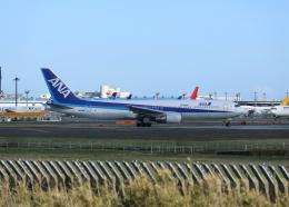 銀苺さんが、成田国際空港で撮影した全日空 767-381/ERの航空フォト(飛行機 写真・画像)