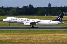 ターキッシュ・エアラインズ Airbus A321 (TC-JRP)  航空フォト   by PASSENGERさん  撮影2019年08月11日%s