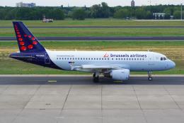 PASSENGERさんが、ベルリン・テーゲル空港で撮影したブリュッセル航空 A319-111の航空フォト(飛行機 写真・画像)