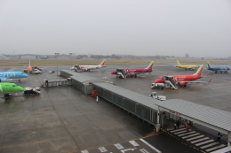 kwnbさんが、名古屋飛行場で撮影したフジドリームエアラインズ ERJ-170-100 (ERJ-170STD)の航空フォト(飛行機 写真・画像)