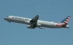 uhfxさんが、サンフランシスコ国際空港で撮影したアメリカン航空 A321-231の航空フォト(飛行機 写真・画像)