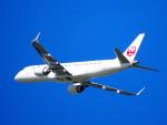 むらさめさんが、新千歳空港で撮影したジェイ・エア ERJ-190-100(ERJ-190STD)の航空フォト(飛行機 写真・画像)