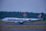 Kaaazさんが、成田国際空港で撮影したシンガポール航空 747-412の航空フォト(飛行機 写真・画像)