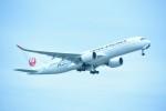 M.Tさんが、那覇空港で撮影した日本航空 A350-941XWBの航空フォト(飛行機 写真・画像)