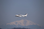 kwnbさんが、名古屋飛行場で撮影した学校法人ヒラタ学園 航空事業本部 Baron G58の航空フォト(飛行機 写真・画像)