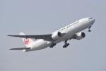 kumagorouさんが、那覇空港で撮影した日本航空 777-289の航空フォト(飛行機 写真・画像)