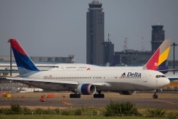 Kaaazさんが、成田国際空港で撮影したデルタ航空 767-332/ERの航空フォト(飛行機 写真・画像)