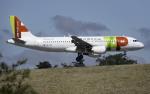 planetさんが、リスボン・ウンベルト・デルガード空港で撮影したTAPポルトガル航空 A320-214の航空フォト(飛行機 写真・画像)