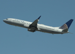 uhfxさんが、サンフランシスコ国際空港で撮影したユナイテッド航空 737-924の航空フォト(飛行機 写真・画像)