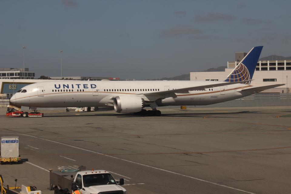 uhfxさんのユナイテッド航空 Boeing 787-9 (N35953) 航空フォト