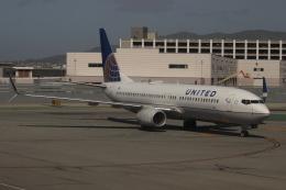uhfxさんが、サンフランシスコ国際空港で撮影したユナイテッド航空 737-824の航空フォト(飛行機 写真・画像)