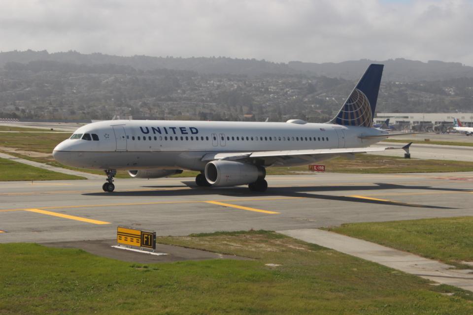 uhfxさんのユナイテッド航空 Airbus A320 (N428UA) 航空フォト