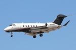 キャスバルさんが、フェニックス・スカイハーバー国際空港で撮影したフレックスジェット BD-100-1A10 Challenger 350の航空フォト(飛行機 写真・画像)