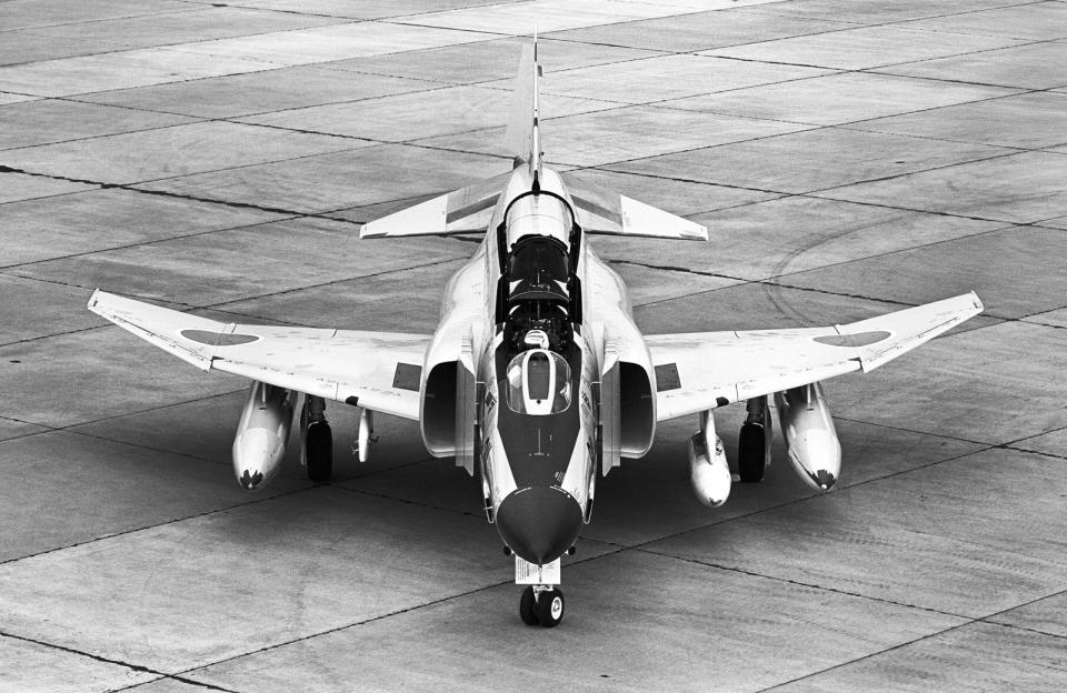 A-330さんの航空自衛隊 McDonnell Douglas RF-4E Phantom II (57-6911) 航空フォト