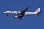 TOPAZ102さんが、伊丹空港で撮影したジェイ・エア ERJ-190-100(ERJ-190STD)の航空フォト(飛行機 写真・画像)