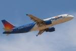 キャスバルさんが、フェニックス・メサ ゲートウェイ空港で撮影したアレジアント・エア A320-214の航空フォト(飛行機 写真・画像)