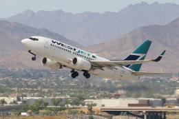 キャスバルさんが、フェニックス・スカイハーバー国際空港で撮影したウェストジェット 737-7CTの航空フォト(飛行機 写真・画像)