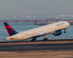 RUNWAY23.TADAさんが、羽田空港で撮影したデルタ航空 777-232/ERの航空フォト(飛行機 写真・画像)
