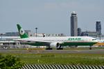 LEGACY-747さんが、成田国際空港で撮影したエバー航空 777-35E/ERの航空フォト(飛行機 写真・画像)