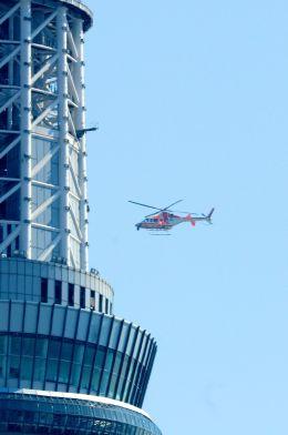 まいけるさんが、東京・浅草上空で撮影した朝日航洋 430の航空フォト(飛行機 写真・画像)