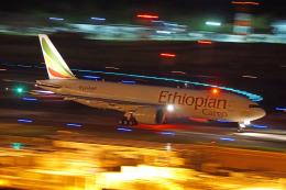 ちゃぽんさんが、成田国際空港で撮影したエチオピア航空 777-F60の航空フォト(飛行機 写真・画像)