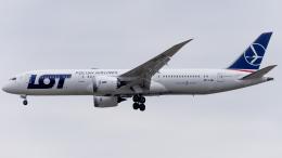 Shotaroさんが、上海浦東国際空港で撮影したLOTポーランド航空 787-9の航空フォト(飛行機 写真・画像)